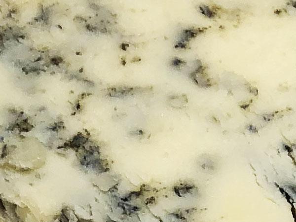 ブルーチーズの青カビ