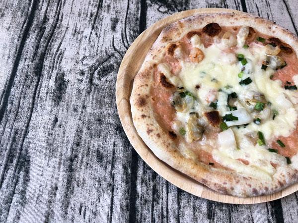 【レビュー】フォンターナのオススメ冷凍ピザ「明太子シーフードピッツァ」魚介好きにはたまらない