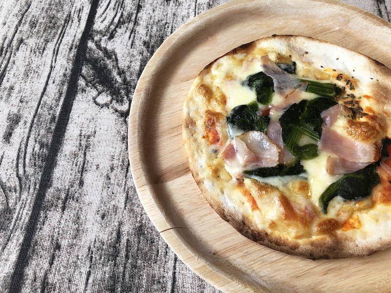 ヴァッラータの冷凍ピザ「ベーコンとほうれん草のピッツァ」