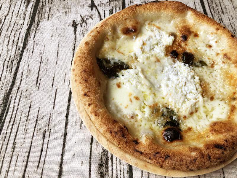 チェザリの冷凍ピザ「匠ピッツァ・クアトロフォルマッジ」